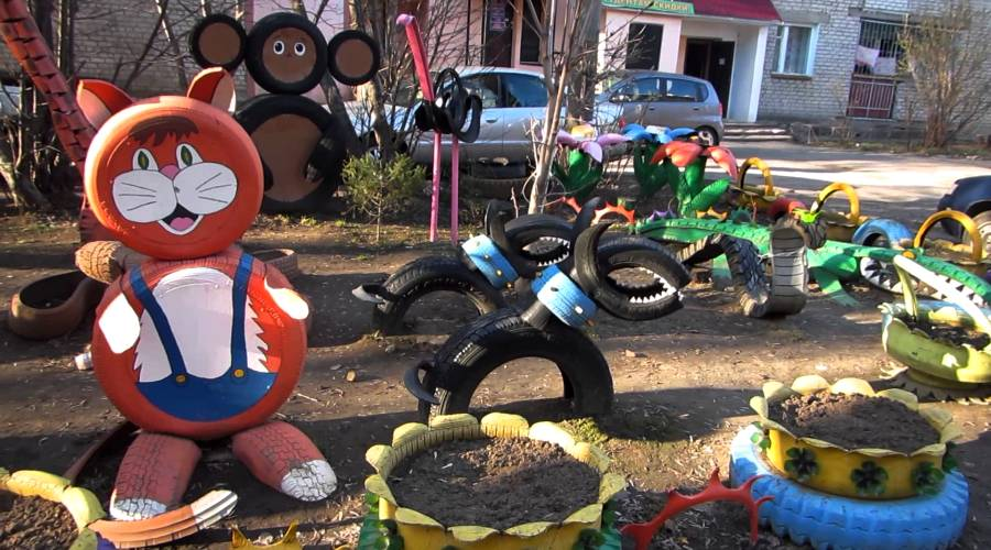 Playground in Russia made of recycled tires